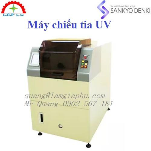 Máy chiếu tia UV, Ứng dụng UVA